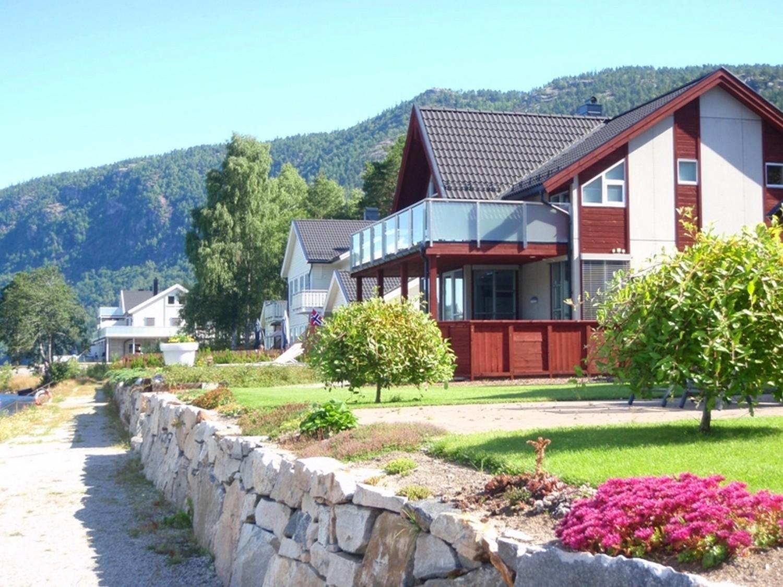 Hus ved Byglandsfjorden